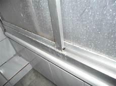 Kalk Und Schimmel In Der Dusche Bild Haus Westfalen