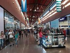 lumine solu 231 245 es em shopping centers
