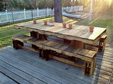 10 easy ideas to make fascinating diy pallet table