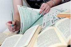 studienkosten der steuer absetzen leser frage k 246 nnen mietkosten aus 2011 in die steuer