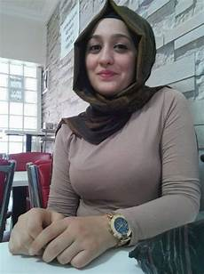 Rakesh Tanwar Gaya Jilbab Cantik Wanita