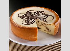 triple chocolate turtle cheesecake_image