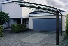 abri voiture aluminium 2 pieds 5 x 3 m avec toit en