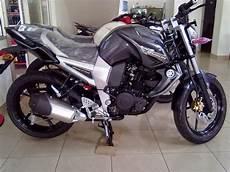Modifikasi Warna Motor by Modifikasi Motor Supra X 125 Warna Hitam Thecitycyclist