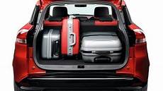 taille coffre captur renault clio sport tourer 2016 dimensions boot space and