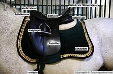 Malvorlage Pferd Mit Sattel Der Richtige Sattel F 252 R Mein Pferd Tipps F 252 R Die Richtige