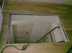 dachbodenluke ohne treppe bau de forum treppen ren leitern 11760 fall t 252 r quot mobile quot raumspartreppe zum