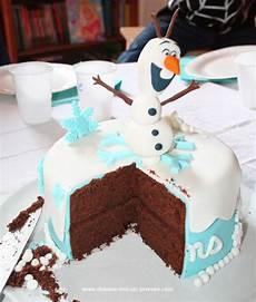recette gateau reine des neiges facile diy anniversaire reine des neiges le g 226 teau gateau anniversaire chocolat g 226 teau olaf et