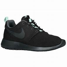 nike roshe run s at chs sports from chs sports