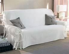 tissu pour recouvrir un canapé relooker canap 233 parce que vous ne supportez plus