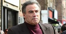 travolta filme check out the trailer for travolta s gotti