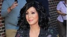 Cher Chanteuse 2017 Cher Malade La Chanteuse Annule Sa Tourn 233 E Quot Je Suis