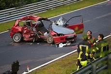 Schwerer Unfall Bei Touristenfahrten Am N 252 Rburgring