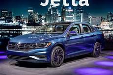 2019 vw hybrid 2019 vw jetta scores big boost in mileage ratings news