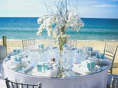 simple guidance for you in beach theme wedding table