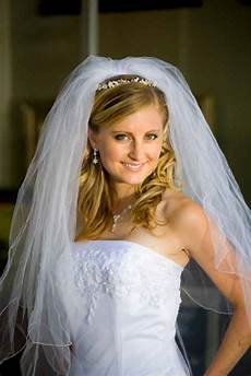 hairstyles with veil wedding hairstyles with veil beautiful hairstyles