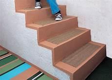 R 233 Nover Un Escalier En B 233 Ton