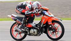 Modifikasi Smash 110 Road Race motor sport gambar modif suzuki smash 110 keren terbaru 2014
