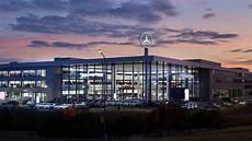 Neues Mercedes Autohaus In Frankfurt