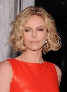 chin length wavy hair prettiest chin length hairstyles to die for hairs talk hair do s