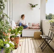 sommer auf dem balkon pflanzen die besten balkonpflanzen f 252 r den herbst welt
