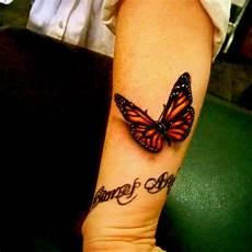 Butterfly Butterfly Wrist On