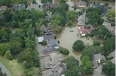 hochwasser viele hausbesitzer k 246 nnen sich einfacher und