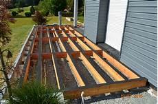 fabrication d une terrasse en bois terrasse bois ite liege et fibre de bois