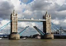 pont en pont basculant wikip 233 dia