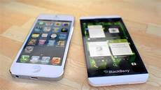 Perbandingan Bagus Mana Hp Iphone 5 Vs Blackberry Z10 Segi