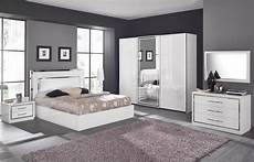 Chambre Parentale Blanche Grise Et Yatak Odası Ve
