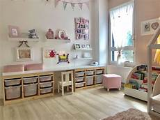 idee rangement chambre enfant chambre de notre fille espace jeux bureau chambre