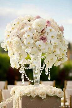 Flower Decoration For Weddings wedding ceremony flowers the magazine