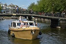 hausboot mieten ohne führerschein hausboot mieten ohne f 252 hrerschein macht mann bei