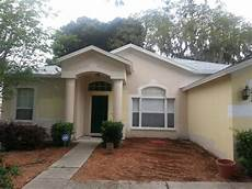 help need exterior paint color to match white roof in florida