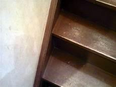 antidérapant pour escalier en bois conseils bricolage menuiserie comment r 233 nover les