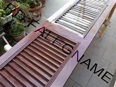 verniciatura persiane in legno persiane scorrevoli in legno smontaggio preparazione e