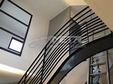 garde corps escalier moderne etude et fabrication escalier moderne design avec garde corps assorti creametal