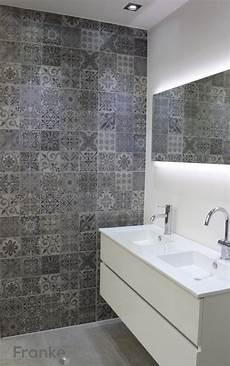 Betonlook Mit Ornamenten Betonlook Badezimmer Beton
