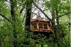cabanes du bois clair cabanes du bois clair ranchot wonderbox