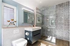 Luxury Bathroom Ideas Uk by What Are The Pros And Cons Of A Wetroom Bathroom Eleven