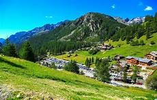 mountains holiday vacation village hd city wallpapers places amazing city view cool city
