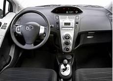 volante yaris auto reviews toyota yaris 1 4 d 4d yaris 5d