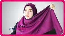 10 Model Gaya Cara Memakai Jilbab Segiempat Simple Cantik