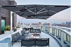 sonnenschirm für terrasse sonnenschirm f 252 r balkon und terrasse l 246 sungen