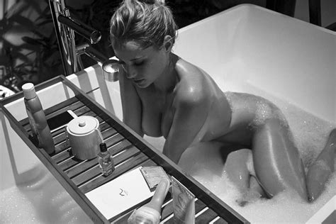 Ebonee Noel Nude