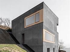 haus aus betonfertigteilen wohnhaus andergassen urthaler in barbian beton wohnen