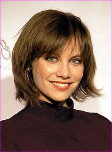 cute medium short layered bob hairstyle 187 short haircuts
