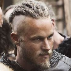 travis fimmel viking haircut 8 things to expect from