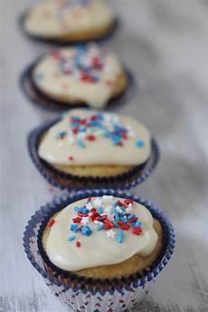 doughvelopment white texas sheet cake cupcakes